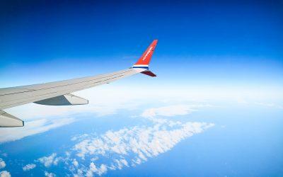 Cómo viajar en clase business pagando clase turista